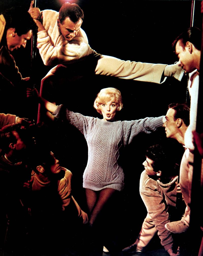 Annex - Monroe, Marilyn (Let's Make Love)_08