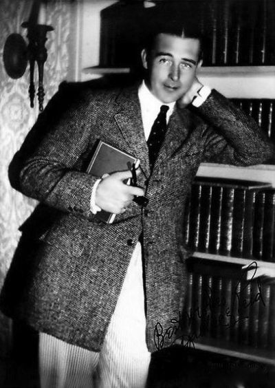 Wallace Reid at home