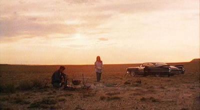 Badlands-1973-holly-kit-cadillac-sunset-martin-sheen-sissy-spacek