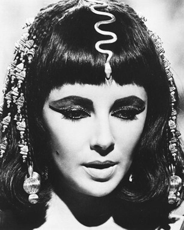 Elizabeth-Taylor-in-Cleopatra-elizabeth-taylor-7280058-304-380_large