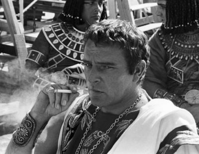 Movies-richard-burton-cleopatra-set