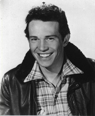 Young warren oates