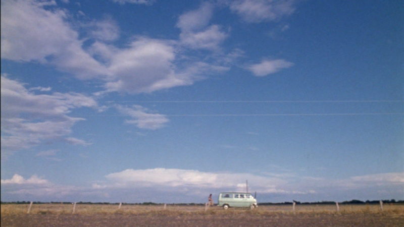 The-Texas-Chainsaw-Massacre-1974-van-landscape