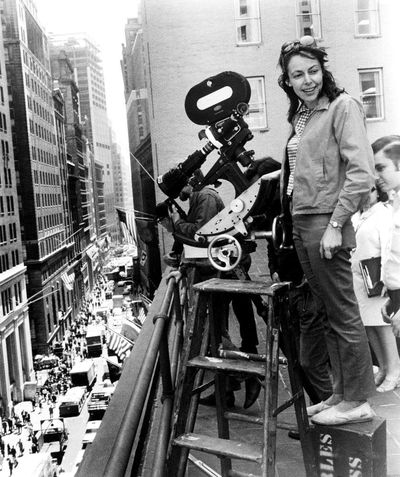 May-elaine-001-directing-street-from-roof