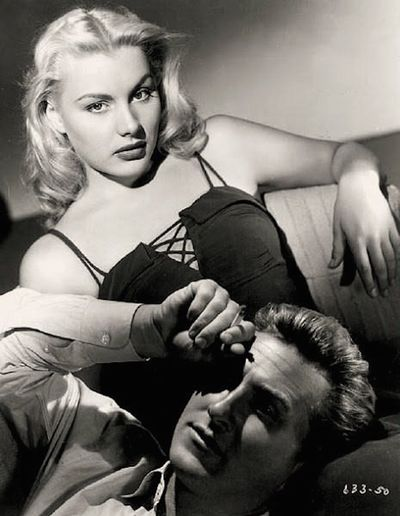 Barbara_Payton-_in_Trapped_still